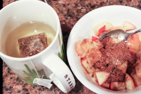 apple dessert and tea