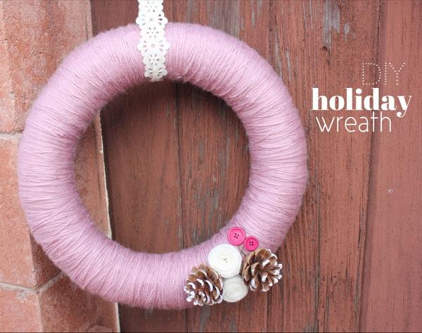 DIY Holiday Yarn Wreath
