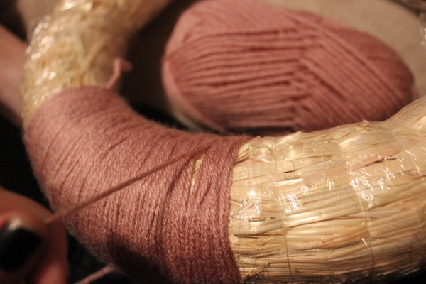 wrap the yarn