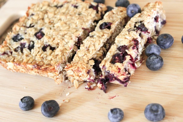 homemade nibble bars with blueberries