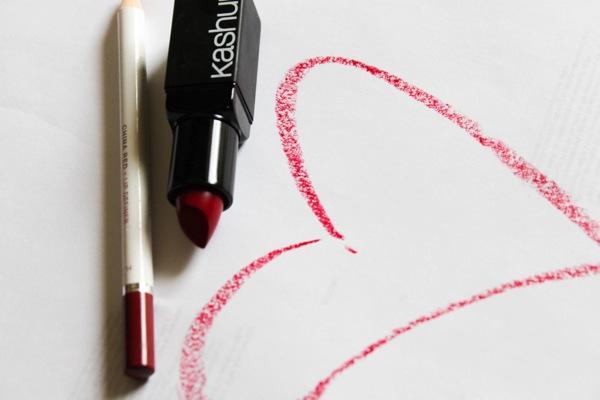 Lipstick  1 of 1