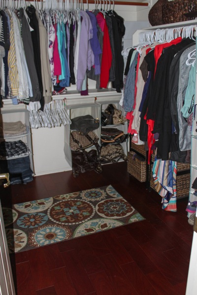 Closet  1 of 1 2