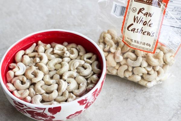 Soaking Cashews