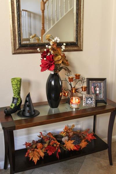 Halloween decorations  1 of 1