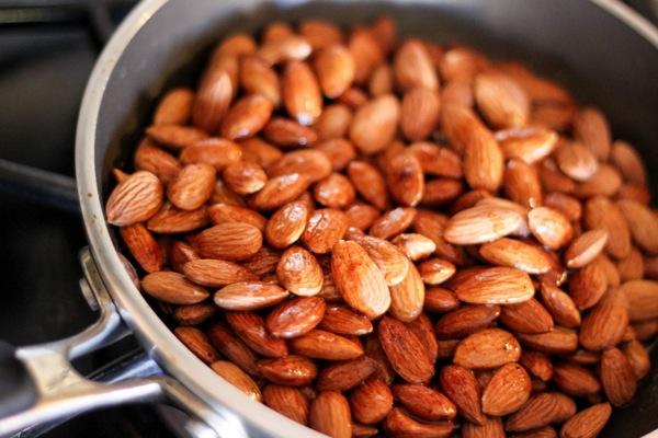 Maple almonds 1 of 1 3