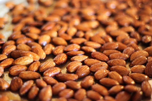 Maple almonds 1 of 1 4