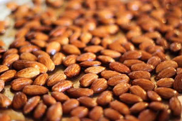 Maple almonds 1 of 1 4