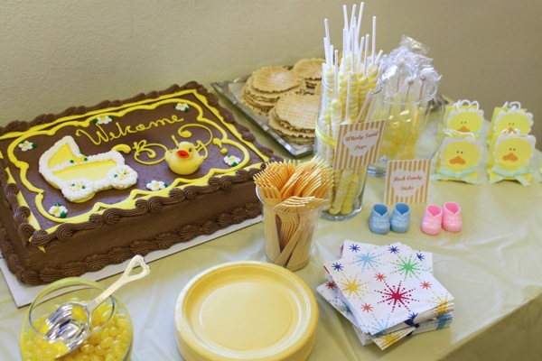 Baby shower  1 of 1 2