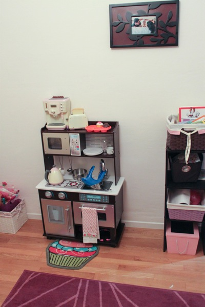 Toddler room  1 of 1 3