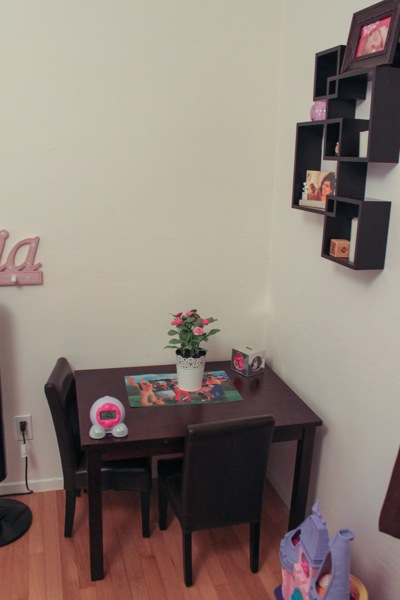Toddler room  1 of 1 4