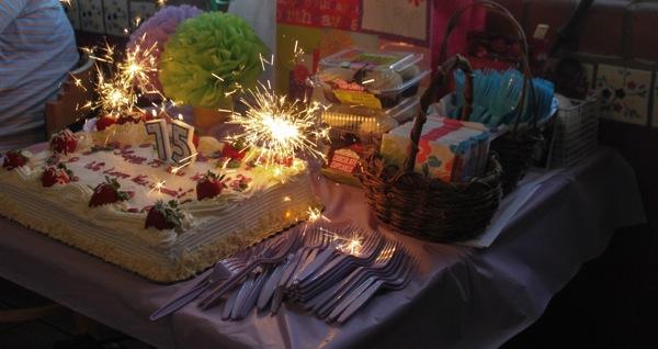 Nanas cake  1 of 1