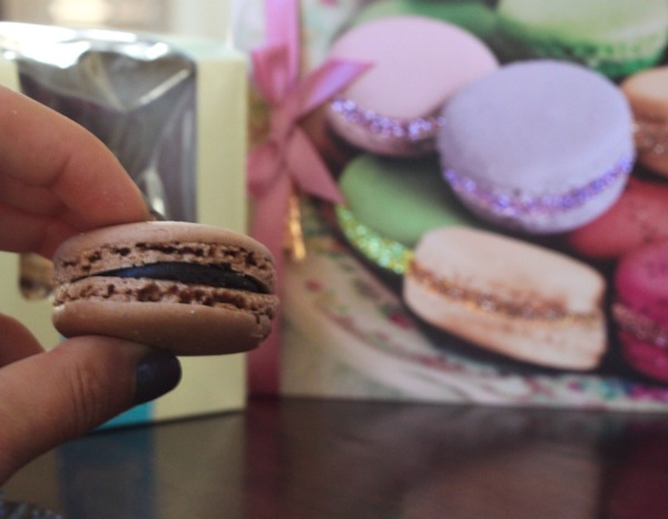 Macaron  1 of 1