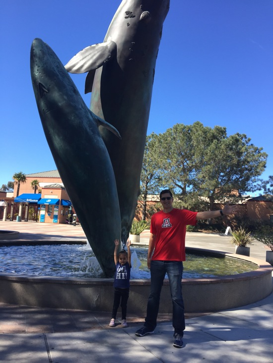 Tom and liv at aquarium