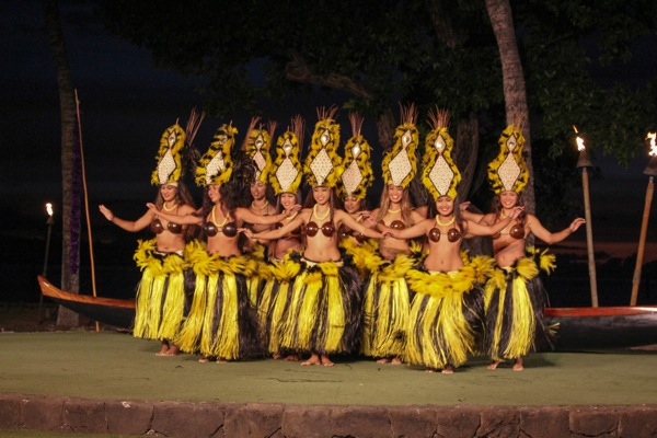 Hula dancers  1 of 1 3