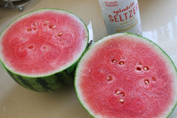 Melon and sparkling water  1 of 1