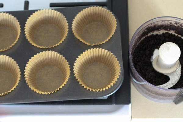 muffin tin and crust batter