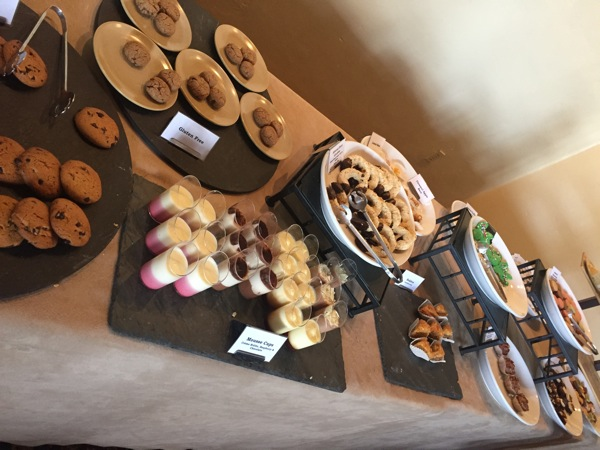 Dessert table4