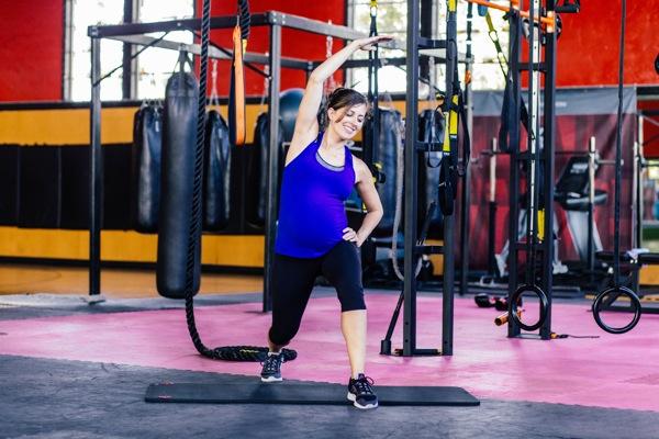 standing hip flexor stretch