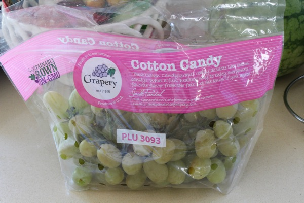 Cotton candy grapes 1 of 1