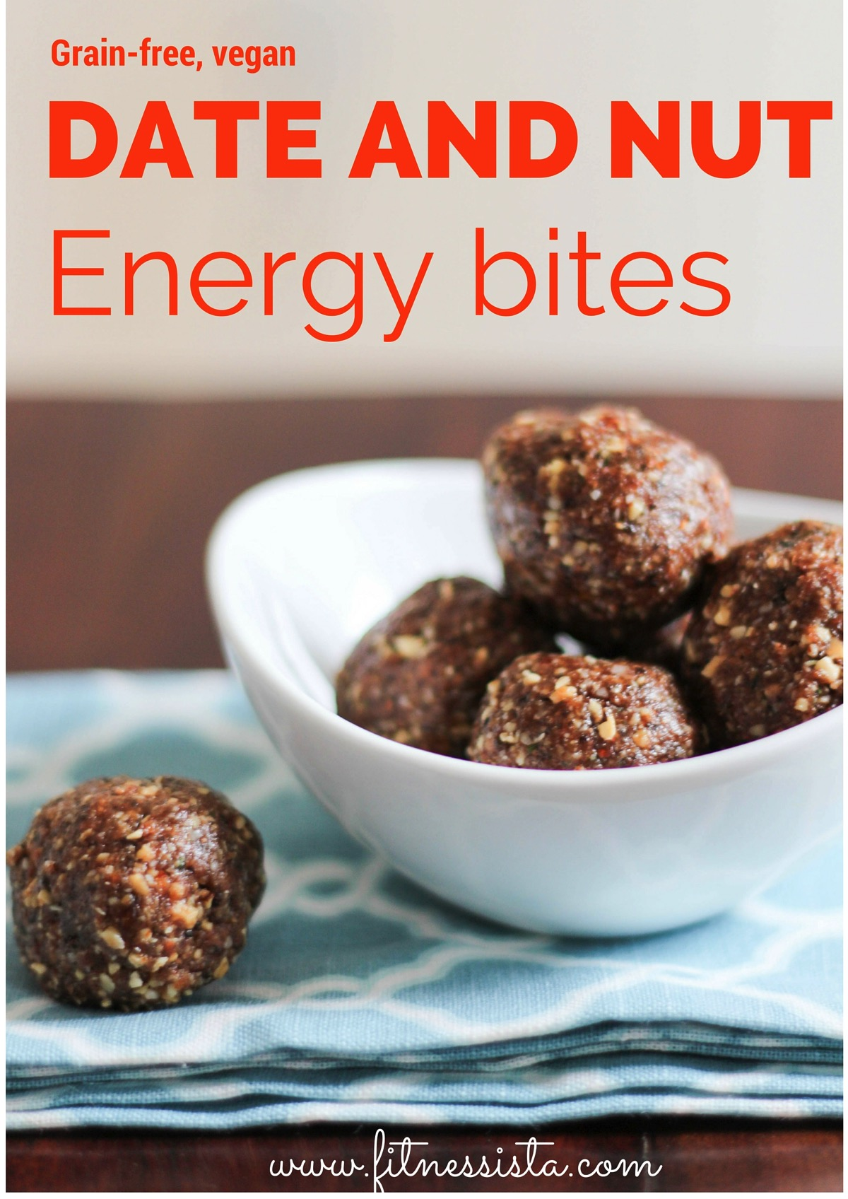 Date and nut snack bites