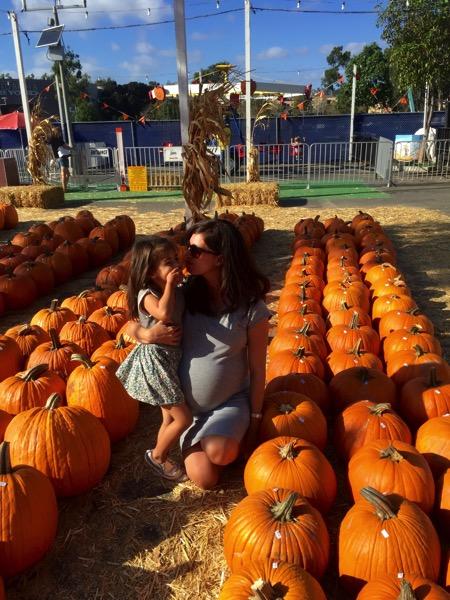 W livi at pumpkin station