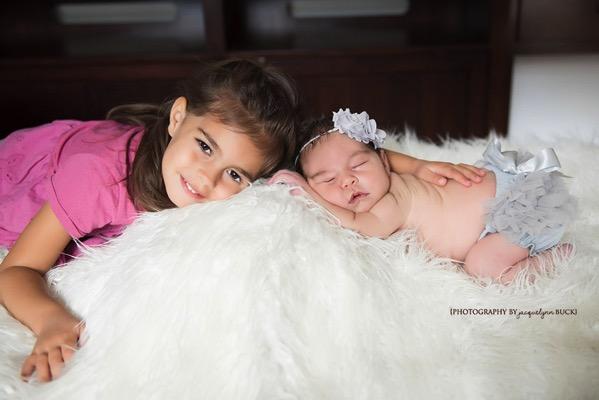 001 baby girl p sneak peek photography by jacquelynn buck