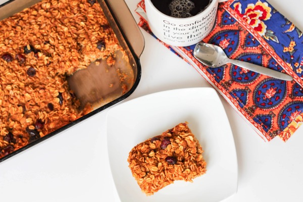 Healthy, make-ahead, gluten-free pumpkin oatmeal breakfast bake