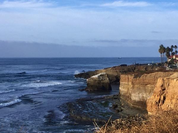 Sun cliffs