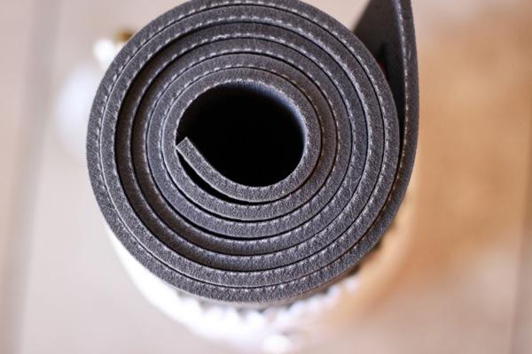 Yoga mat 1 of 1 2