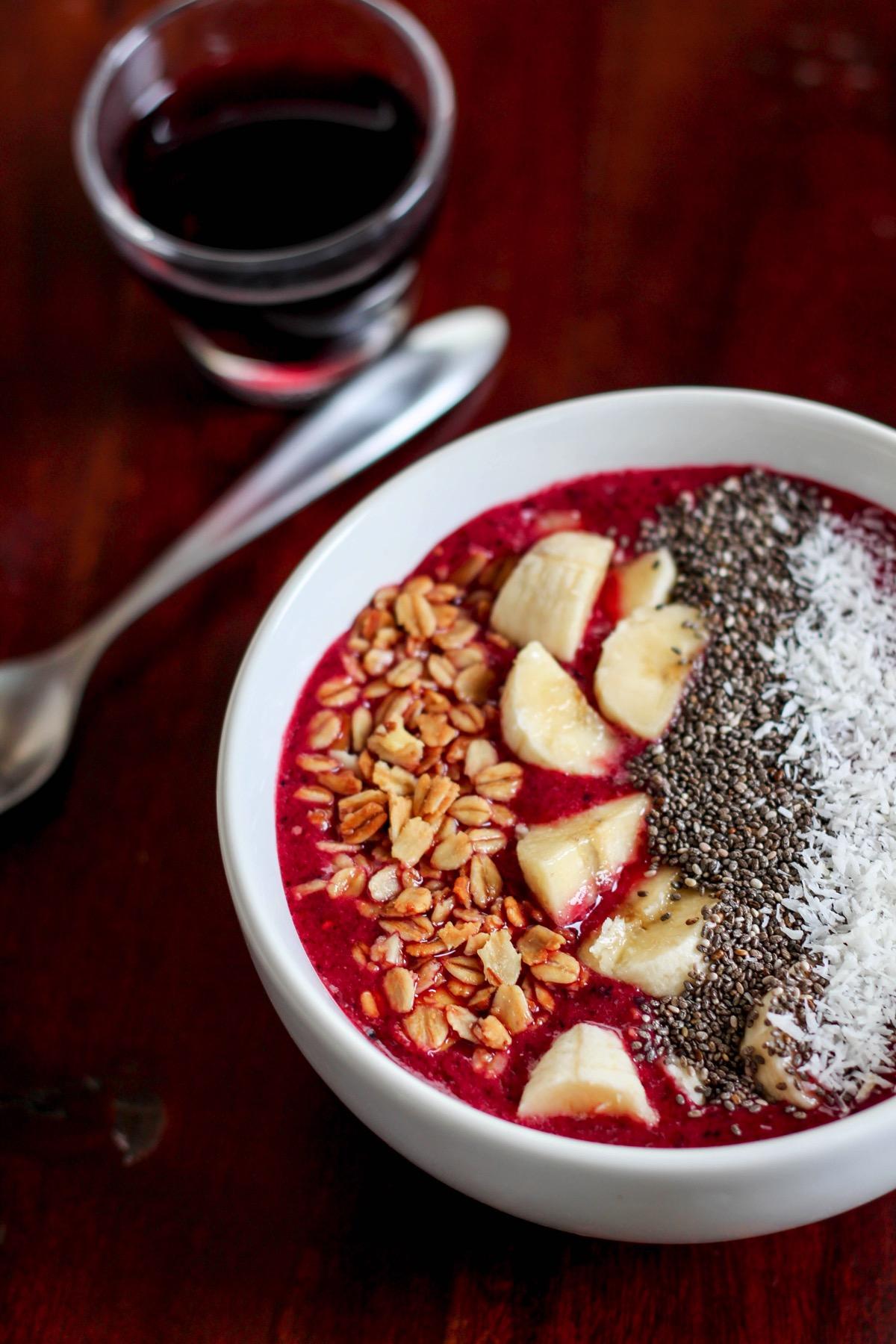 Tart cherry smoothie bowl 6