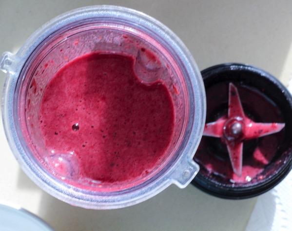 Tart cherry smoothie bowl