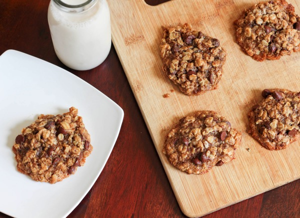 Chocolate chip cookies with chosen foods avocado oil 4