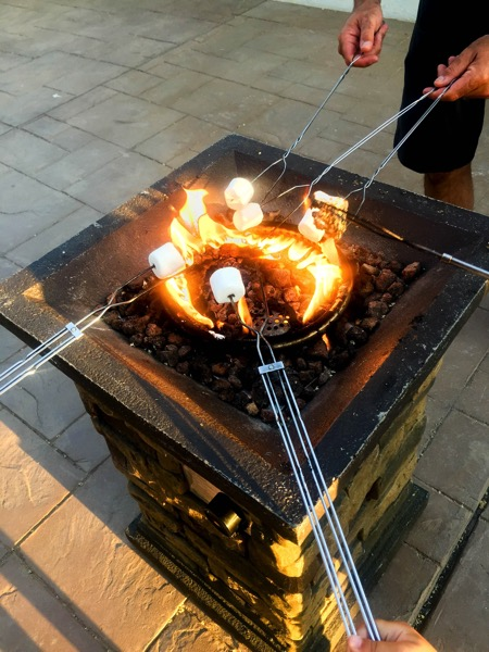 Toasting mallows