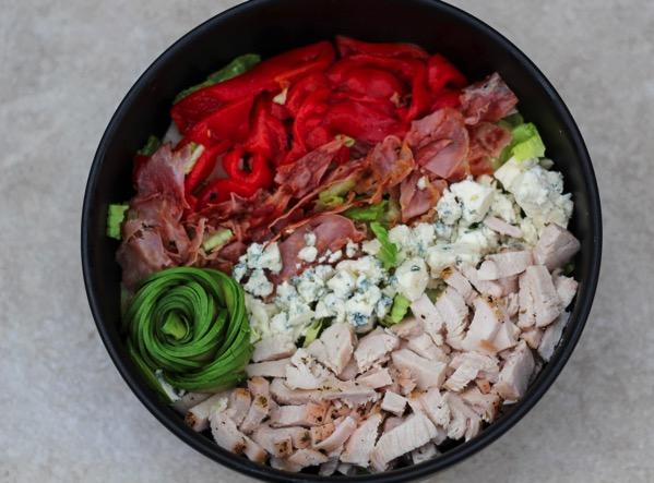Maggianos copycat salad