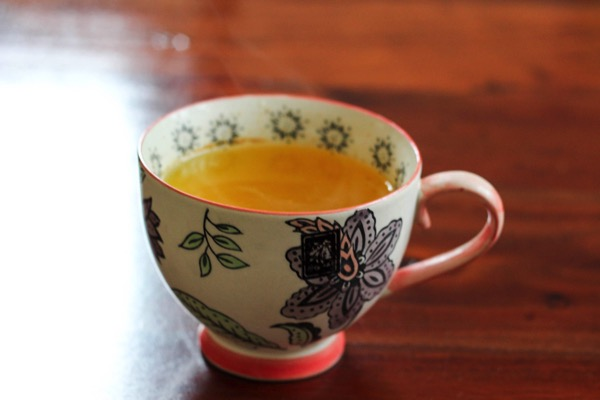 Turmeric morning detox drink