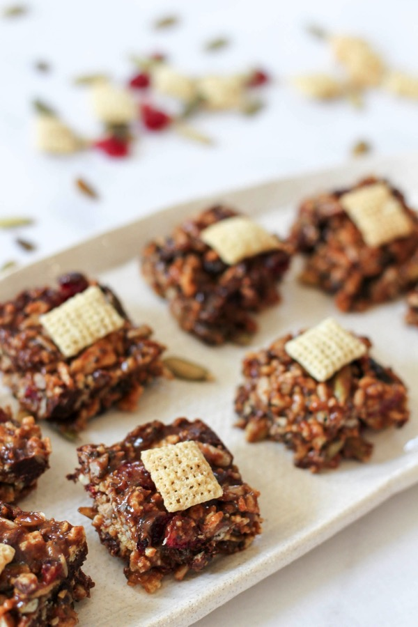A delicious and healthy portable snack option. Perfect for packing back-to-school lunches! fitnessista.com