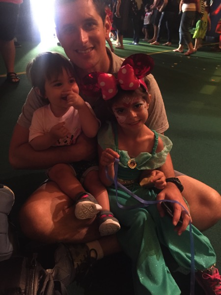 The Pilot and girls at Disney junior show