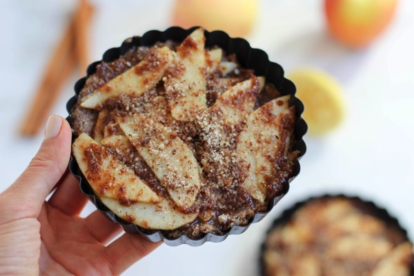 Rustic raw apple tarts