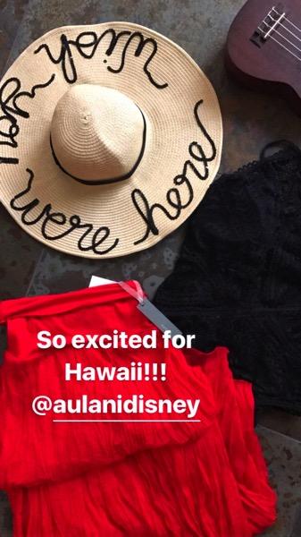 Hawaii clothes