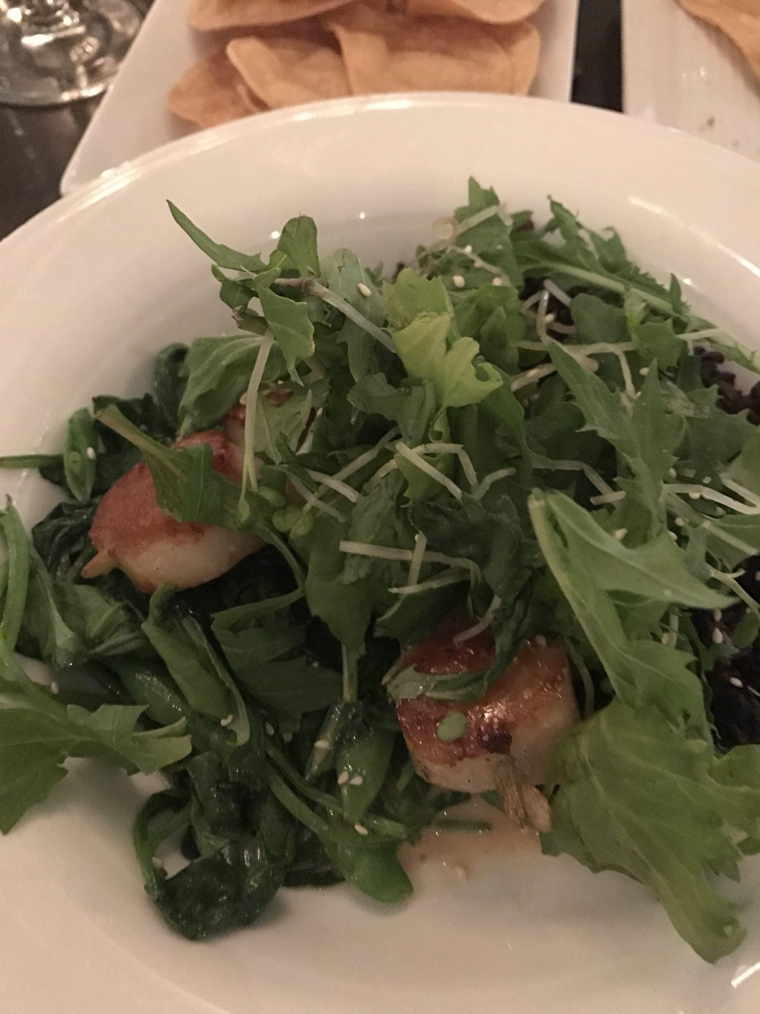 scallops and salad