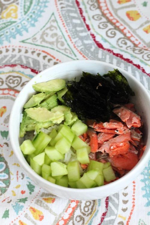 Sushi roll bowl