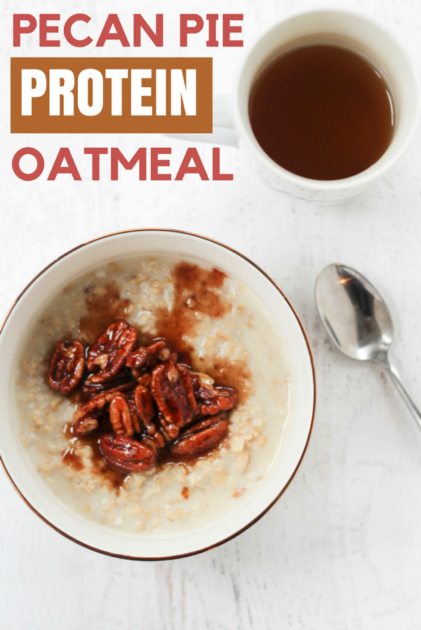 Pecan pie protein oatmeal! A super healthy and delicious fall breakfast option. Whipped egg whites give it extra protein and top with the sweet pecan topping. fitnessista.com #oatmealrecipe #pecanpieoatmeal