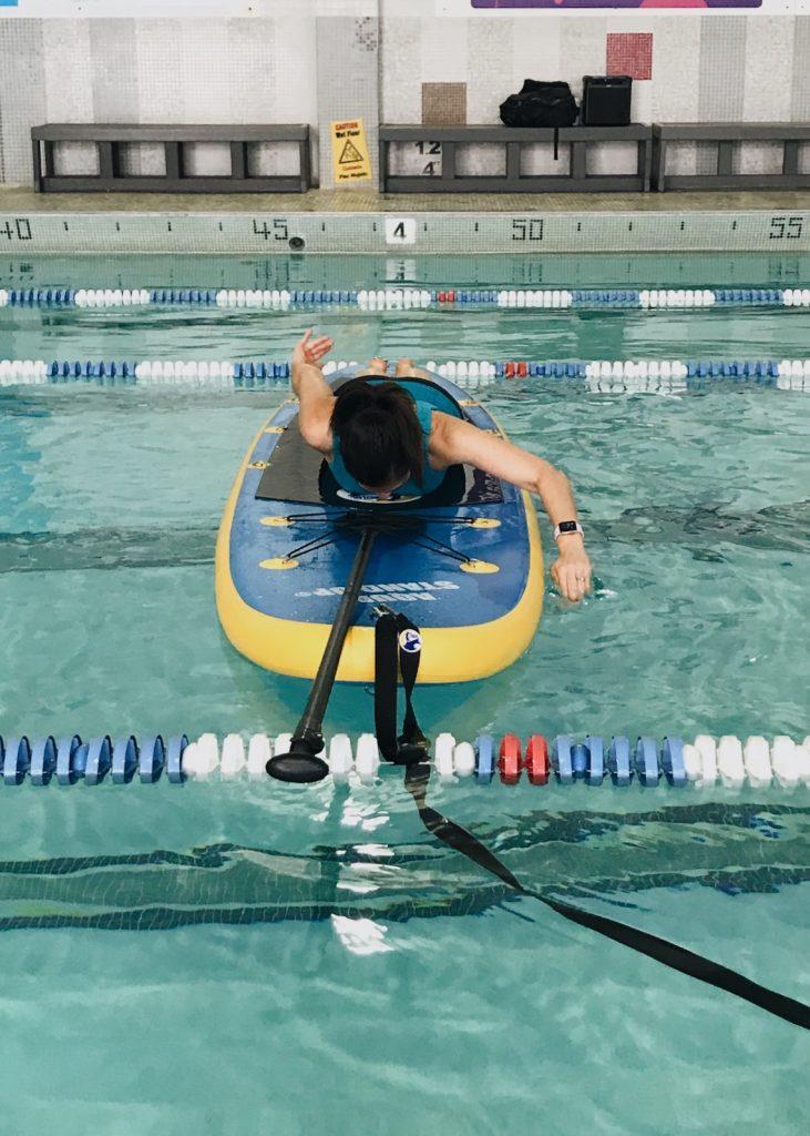 SUP crawl stroke   fitnessista.com   #SUP #SUPfitness #paddleboardexerciseclass