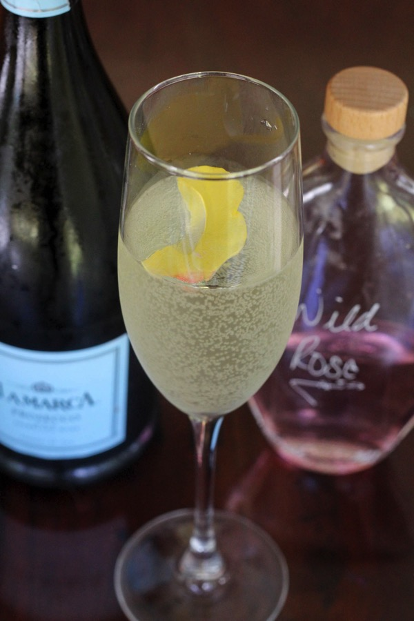 Rose and prosecco cocktail