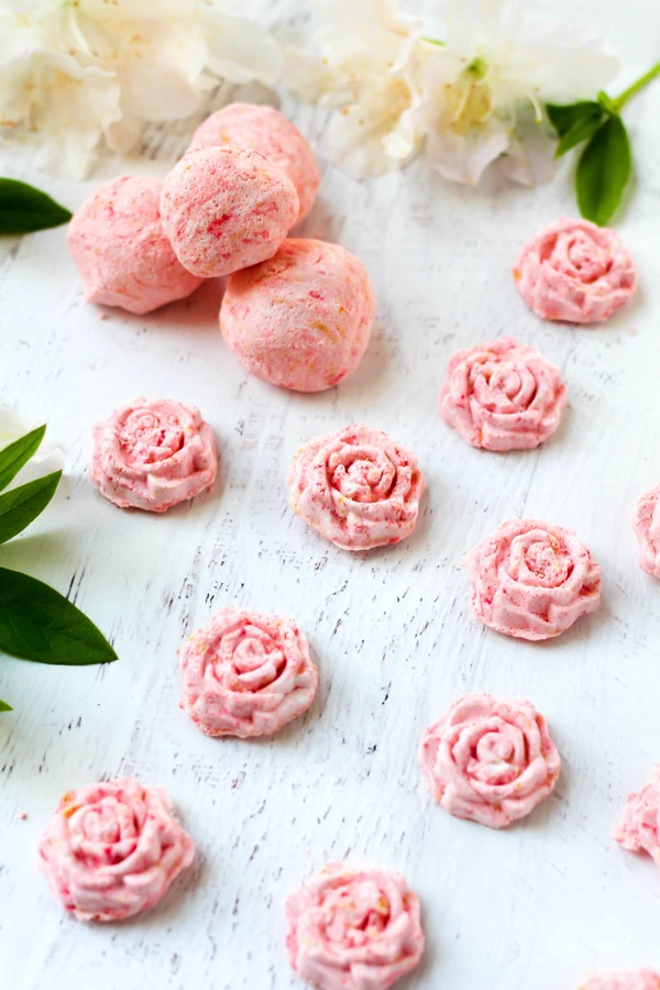 rose-shaped DIY shower steamers