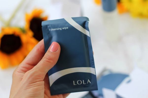 LOLA Cleansing wipe