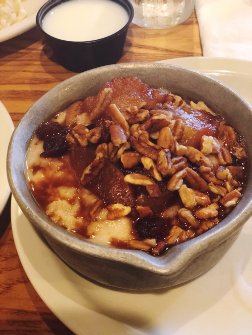 Cracker Barrel apple pie oatmeal