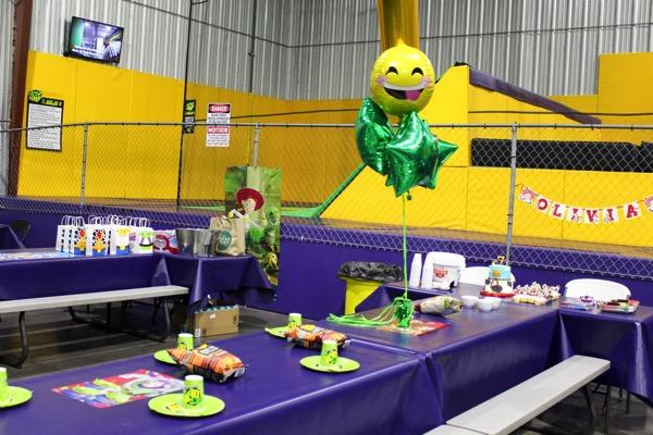 Toy story birthday party 3