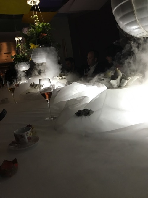 Table setting at alinea