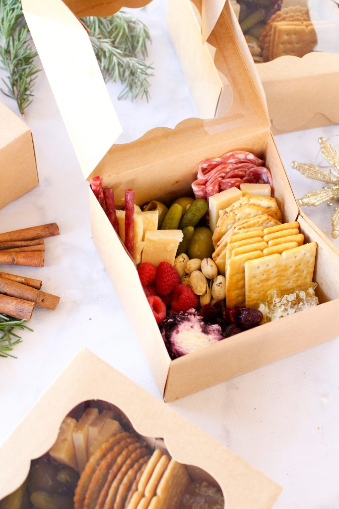 DIY pasture boxes!  A cute and easy-to-use appetizer or holiday gift with Covid.  Get the details here: fitnessista.com
